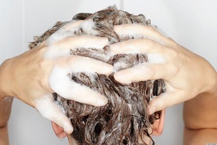 Wash_your_hair-men